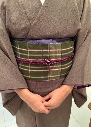 江戸小紋キモノ「鮫」 岩崎訓久・悦子青木間道モチーフ八寸帯 (2)