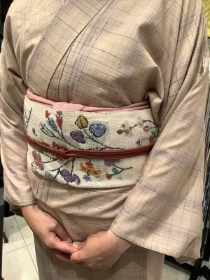 4,中島清志さん貝紫小千谷紬キモノ捨松さん手織真綿八寸帯 (2)